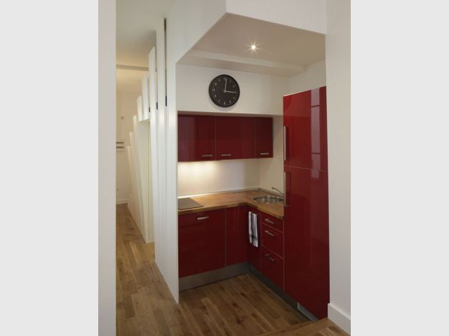 Après - une cuisine moderne et discrète - Appartement Cyril Rheims 29 m² Paris