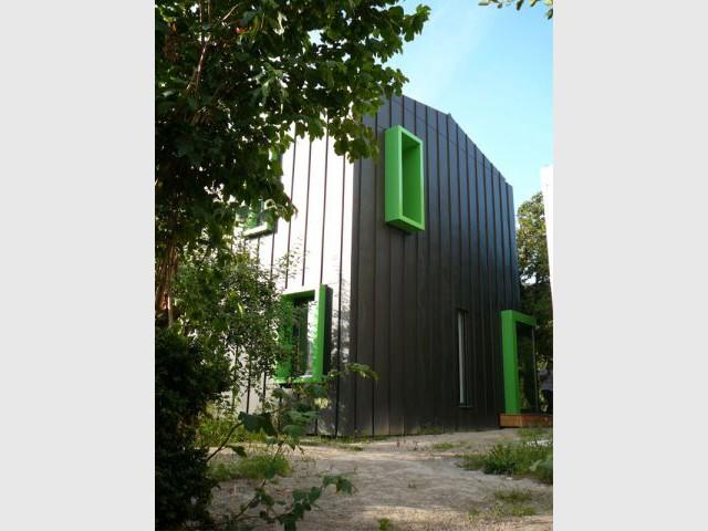 Un étonnant contraste parfaitement assumé - Alternatives Architecture