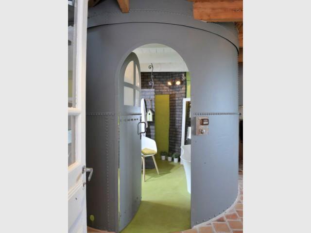 Un silo pour salle de bains dans le gîte Anne - Petites maisons dans la prairie