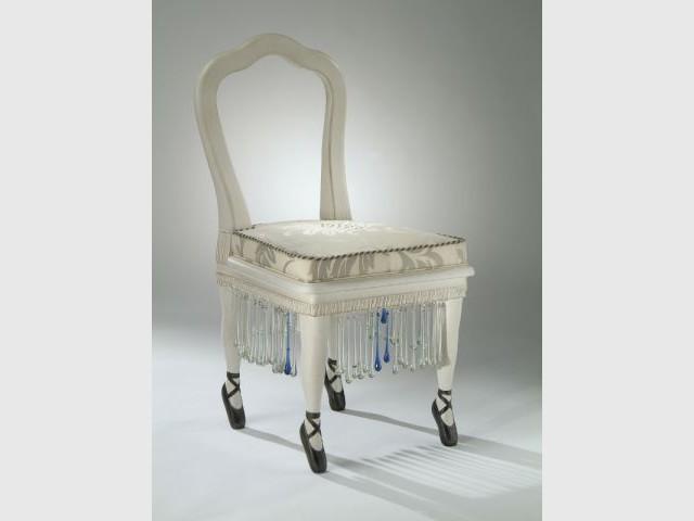 Chaise Ballerine - Etat de siège