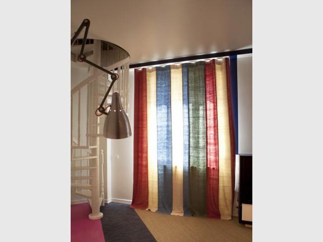 Après : les rideaux - Avant/après Aude Borromée - bandes colorées