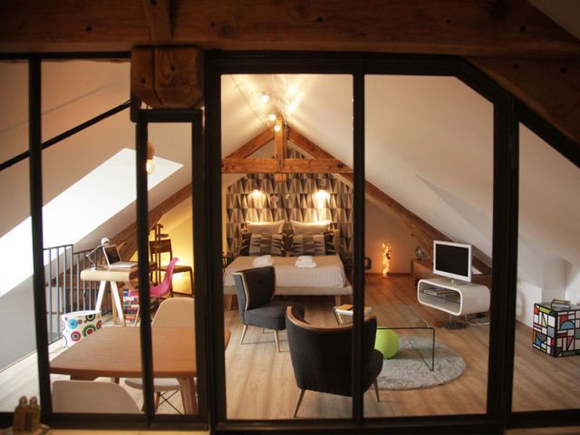 Deux chambres dont une créée de toute pièce - Reportage B&B Chez Ric et Fer
