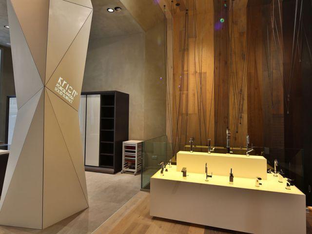 Les robinets sur un podium - Porcelanosa