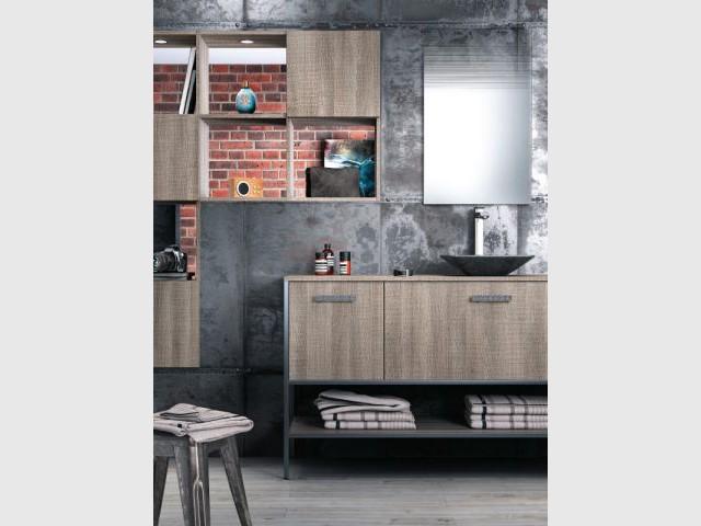 Une vasque grise pour une salle de bains industrielle - Vasque