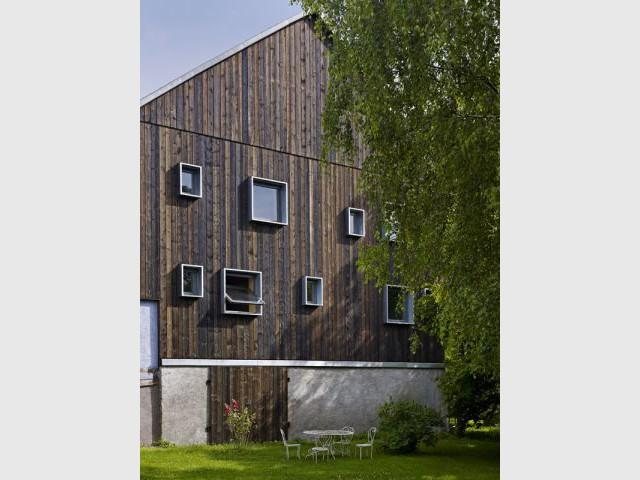 Une façade originale - Reportage Grange - Loïc Piquet