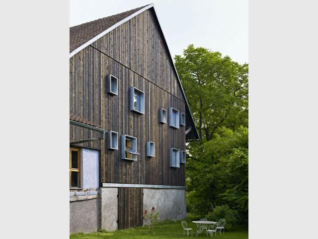 Des espaces vides en prévision du futur - Grange Alasace - Loïc Picquet