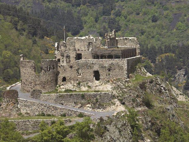 Belles pierres - Château de Beaufort