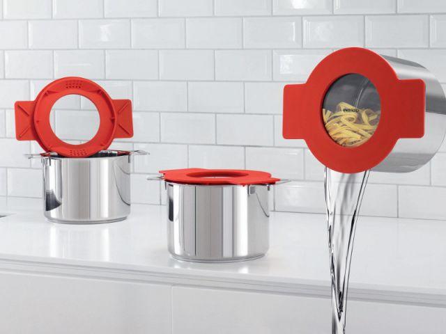 Couvrir, égoutter et superposer avec un couvercle multifonctions - Accessoires de cuisine malins
