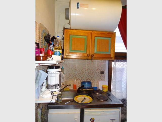 Une cuisine réduite à un simple meuble - Blandine Colson/Un air de déco