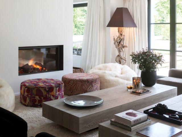 Une salon familial caché des regards - Ambiances chaleur hiver