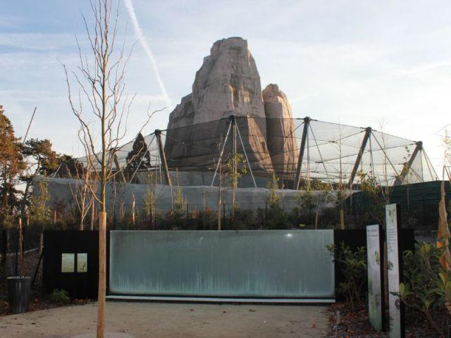 22 petites volières  - Serre tropicale au zoo de Vincennes