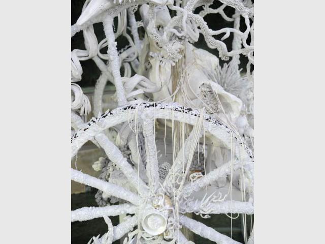 La roue de la calèche - Exposition Jardin des Plantes - Noces végétales