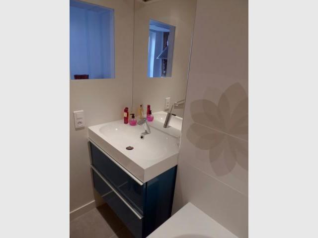 Une salle de bains optimisée - Rénovation décloisonnement