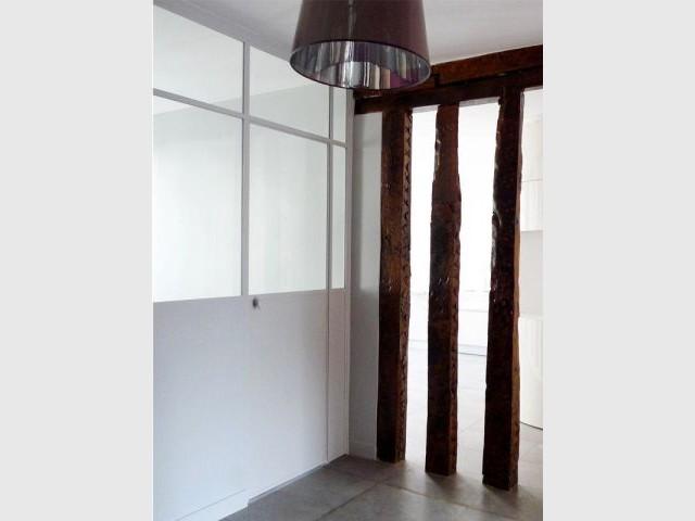 Un bureau et une pièce TV dans la 3ème pièce - Rénovation décloisonnement