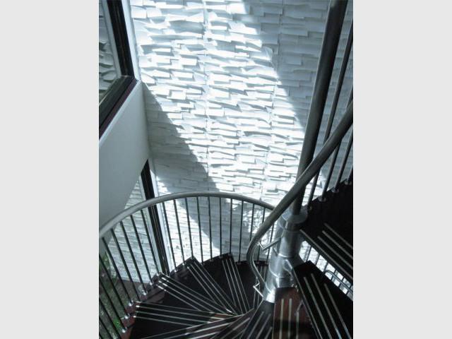 Jouer sur la hauteur et le relief pour dynamiser un espace - The Collection