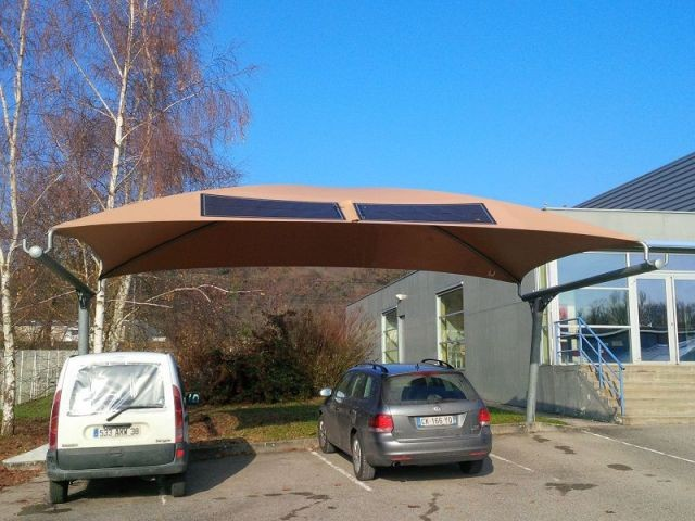 Les ombrières en textile photovoltaïque - Texysolar
