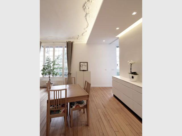 Un buffet qui relie cuisine et salon - Rénovation d'un T3 en T4