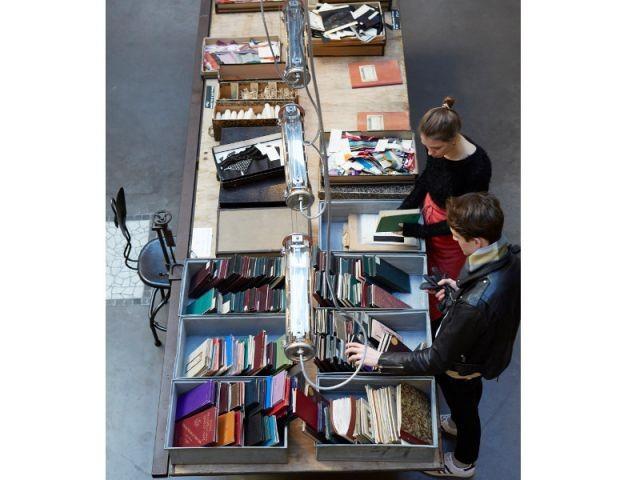 Une collection jusqu'au 7 mars au concept store Merci - Une collection de rubans