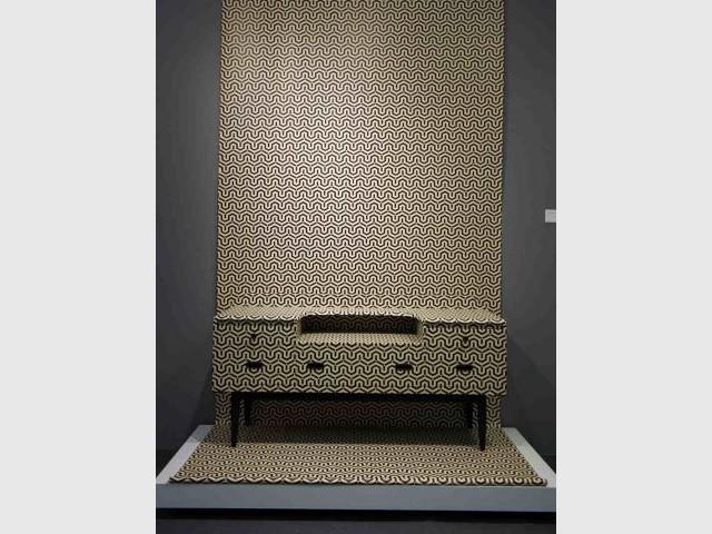 La commode aux lignes infinies d'Anouchka Potdevin - Une collection d'objets décoratifs dédiée au motif