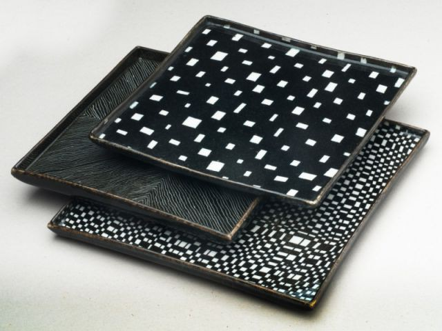 """Les pièces en grès """"effet 3D"""" de Janeth Cousin - Une collection d'objets décoratifs dédiée au motif"""
