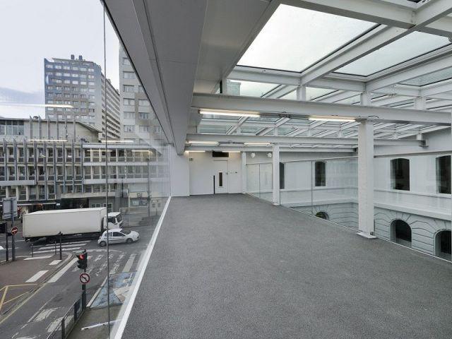 Le même espace vu de l'intérieur - Espace Andrée Chedid