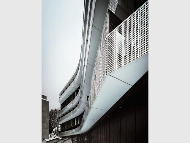 Une barre légèrement courbée  - La résidence de tourisme MGM à Flaine