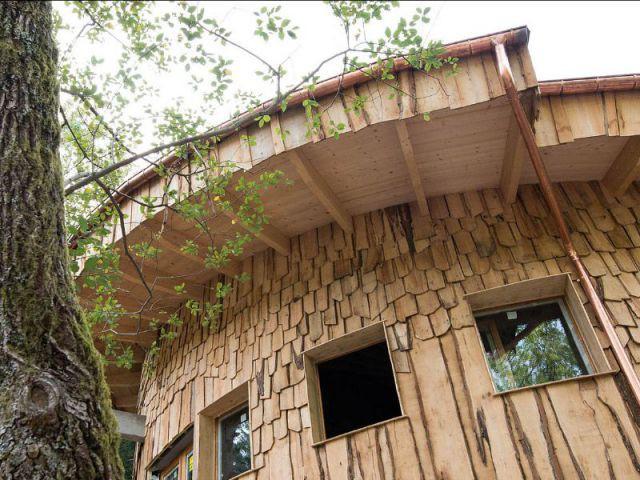 L'escargot : la cabane d'accueil - village de cabanes