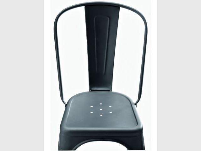 """La chaise Tolix - Un ouvrage sur les objets """"made in France"""""""
