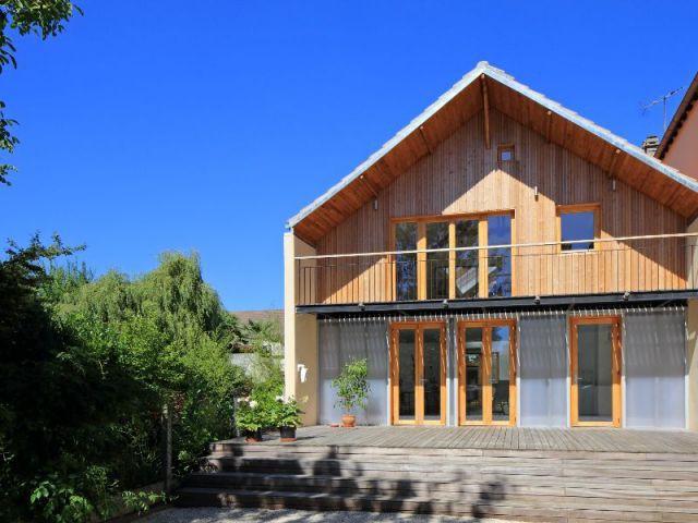 1 jardin d 39 hiver fait battre le coeur d 39 une maison d 39 artiste. Black Bedroom Furniture Sets. Home Design Ideas