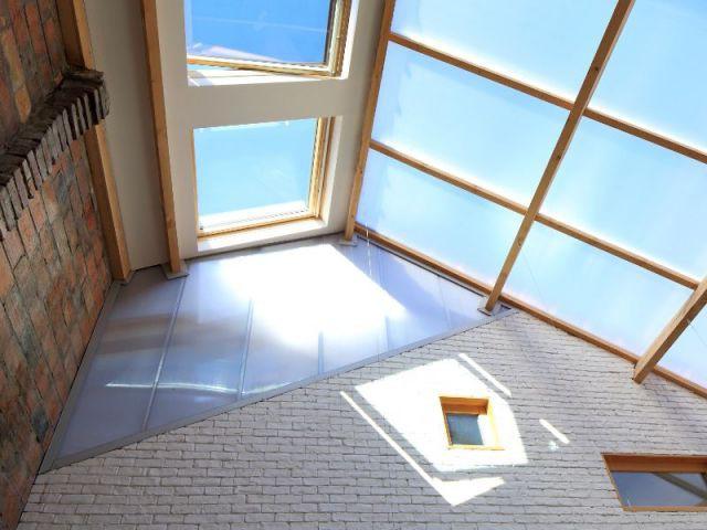 La verrière, un élément phare du bâtiment - Maison Artiste T Design