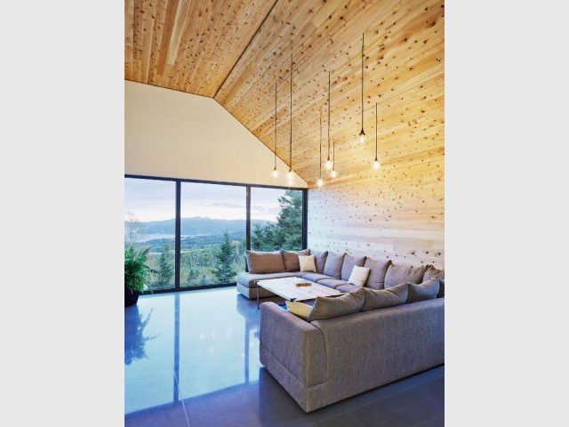 Une précision calculée sur le paysage  - Construction d'une résidence au Canada : Malbaie VIII, La Grange
