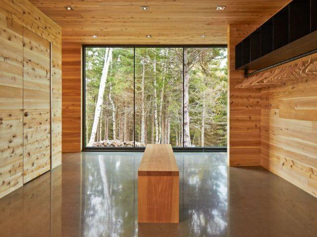 L'effet miroir du plancher de béton - Construction d'une résidence au Canada : Malbaie VIII, La Grange
