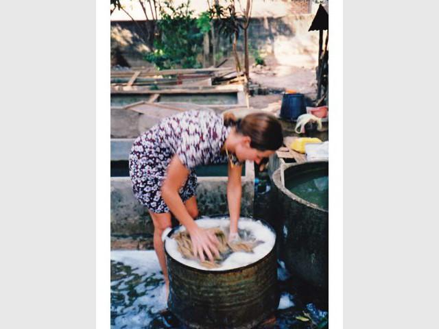 19b3cb5768d2 La Fiancée du Mékong a 20 ans   la joie de vivre en bandoulière
