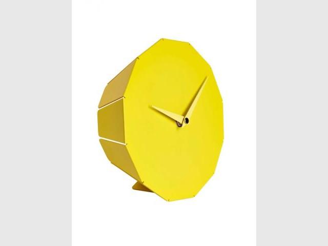 Horloge à relief - Habitat