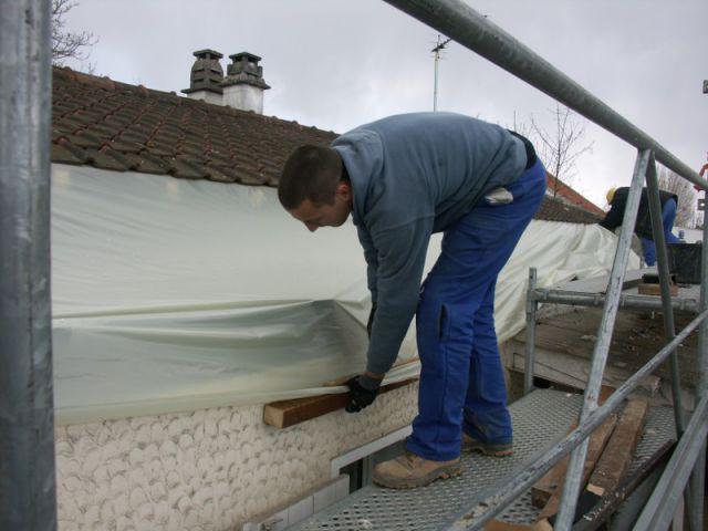 Un toit partiellement détuilé - Surélévation