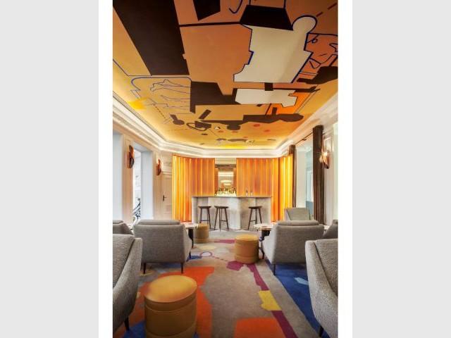 l 39 h tel vernet s 39 offre une plong e ludique vers la modernit. Black Bedroom Furniture Sets. Home Design Ideas