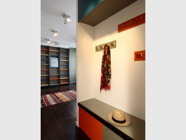 Une entrée élégante et ludique - Rénovation d'un duplex