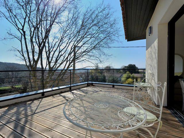 Une maison au concept dedans-dehors - Extension - Jose Marcos