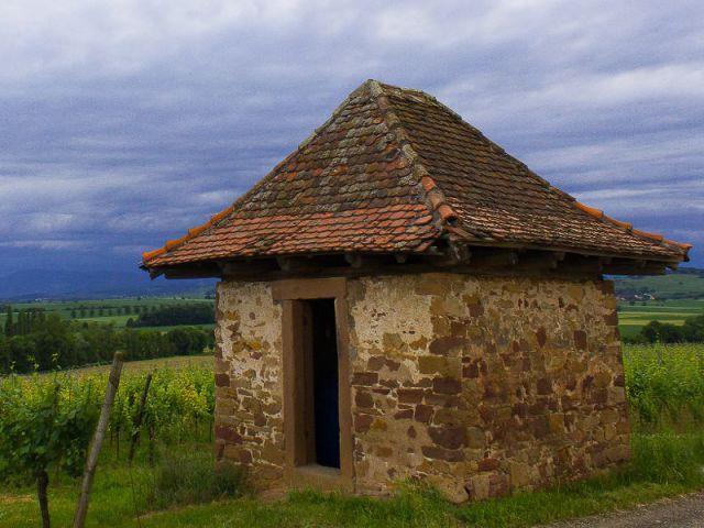 Un abri agricole  - ''L'Habitable inhabité'' par Guillaume Romero