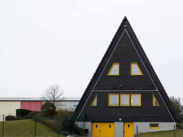 A l'aérodrome de Haguenau  - ''L'Habitable inhabité'' par Guillaume Romero