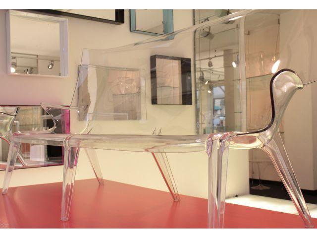 Kartell et son canapé plastique réalisé en un seul moule - Designer's Days 2014