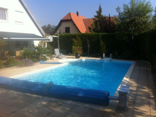 Avant : Une piscine disproportionnée et mal placée - Réalisation Julien Rhinn