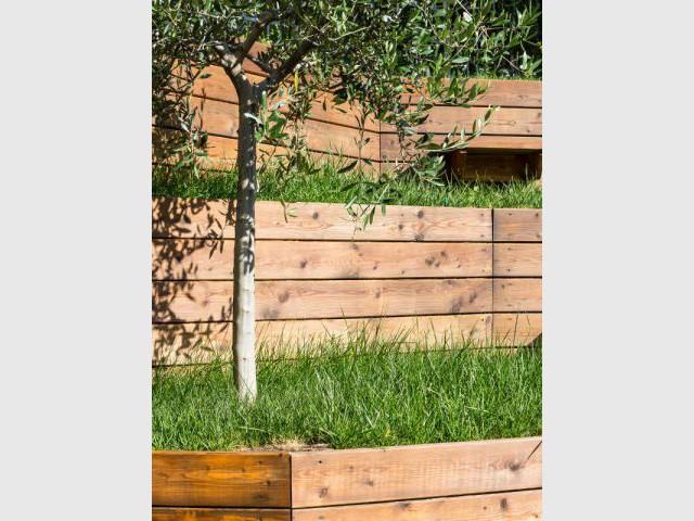 Un bardage bois original - Jardin stratifié en Italie