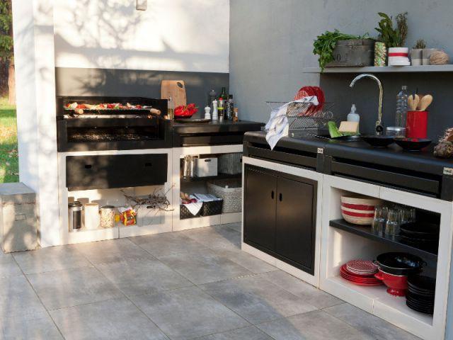 des cuisines d 39 t sur mesure pour votre jardin. Black Bedroom Furniture Sets. Home Design Ideas