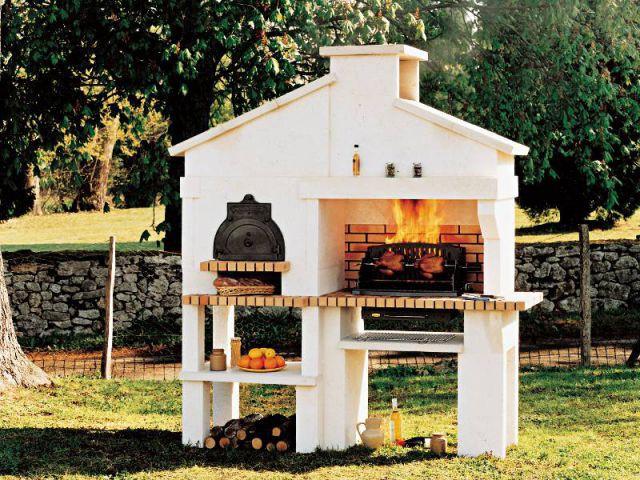 Le barbecue en pierres ultra-équipé pour les espaces réduits - Cuisine d'été