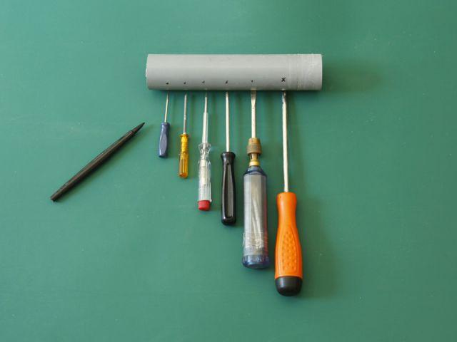 Créer un rangement malin avec un tuyau - Marquer le tuyau - Créer un rangement malin avec un tuyau