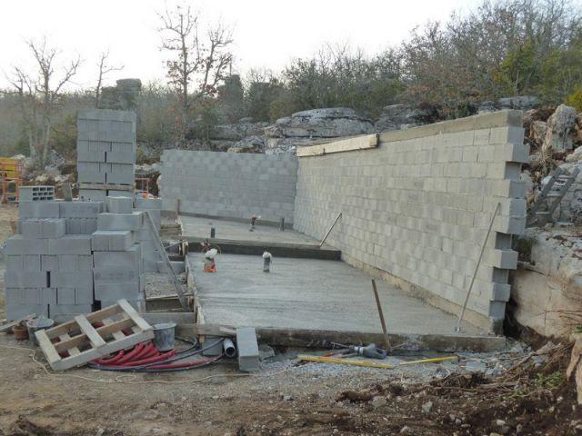 Création d'un mur d'adossement - Maison Caldium