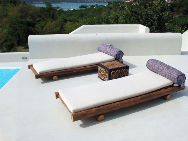 Chaises longues comme des futons