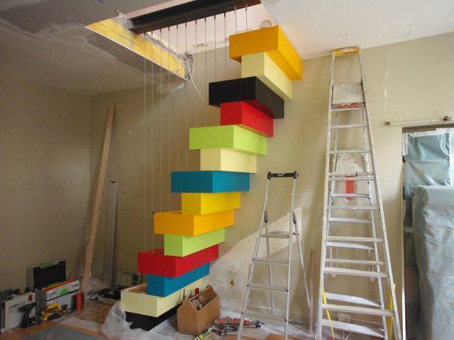 Première étape : réduction de la trémie - Un escalier à pas japonais égaye un duplex parisien