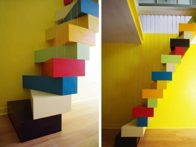 Un escalier à pas japonais égaye un duplex